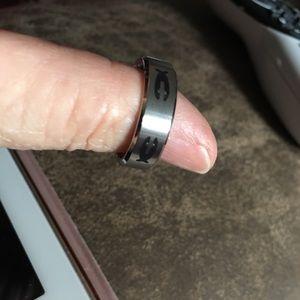 Men's size 9 ring. SS
